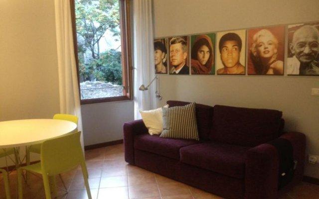 Отель Tiberina Apartment Италия, Рим - отзывы, цены и фото номеров - забронировать отель Tiberina Apartment онлайн комната для гостей