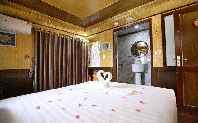 Отель Bai Tu Long Junks комната для гостей
