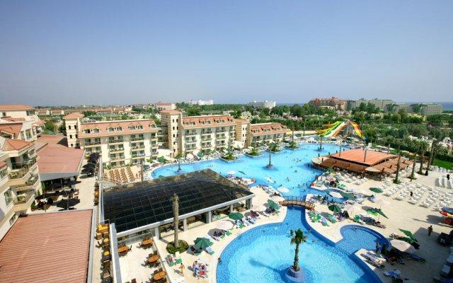 Grand Pearl Beach Resort & SPA Турция, Сиде - отзывы, цены и фото номеров - забронировать отель Grand Pearl Beach Resort & SPA онлайн бассейн