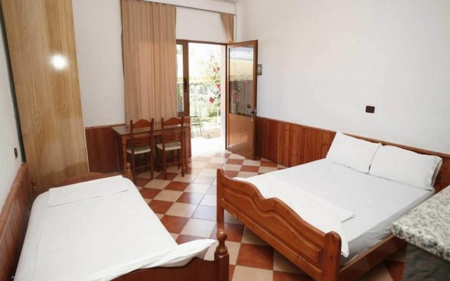 Hotel Sirena комната для гостей