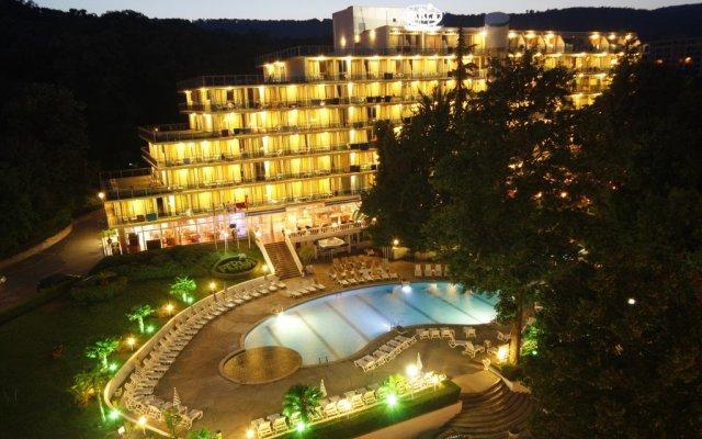 Отель Perla Болгария, Варна - 2 отзыва об отеле, цены и фото номеров - забронировать отель Perla онлайн вид на фасад