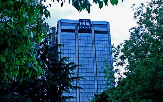 Отель The Hub Hotel Италия, Милан - 9 отзывов об отеле, цены и фото номеров - забронировать отель The Hub Hotel онлайн спортивное сооружение
