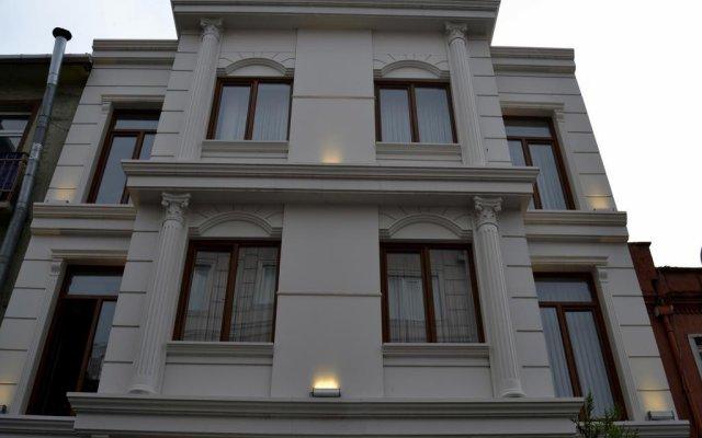 Stone Art Hotel вид на фасад