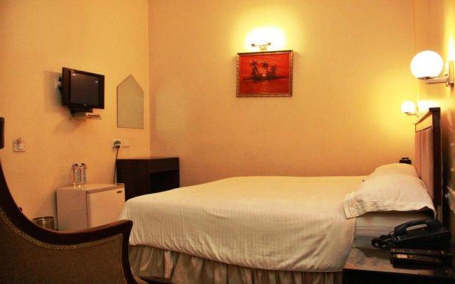 Отель Pee Fifty One House комната для гостей