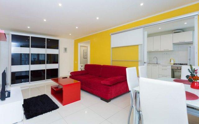 Апартаменты Central Minsk Apartments комната для гостей