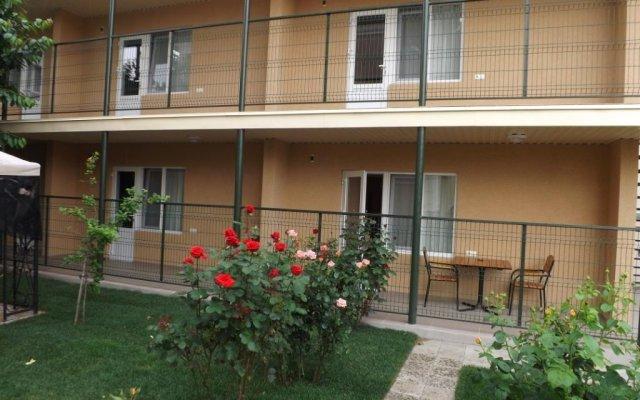Гостиница Mini-Otel Luch вид на фасад