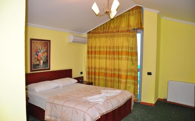 Отель Dajti Park комната для гостей