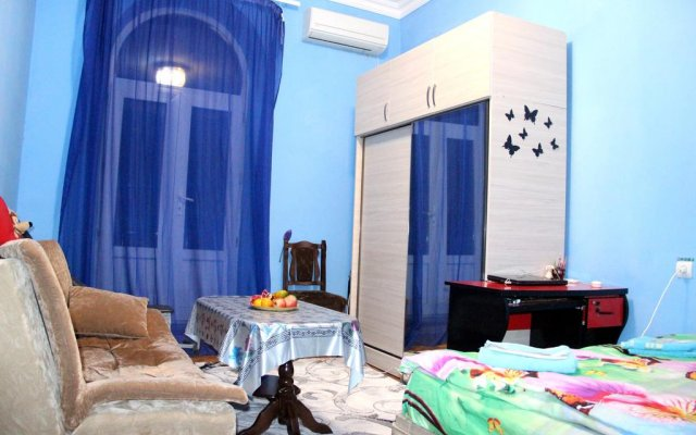 Karinitas Family Hostel комната для гостей
