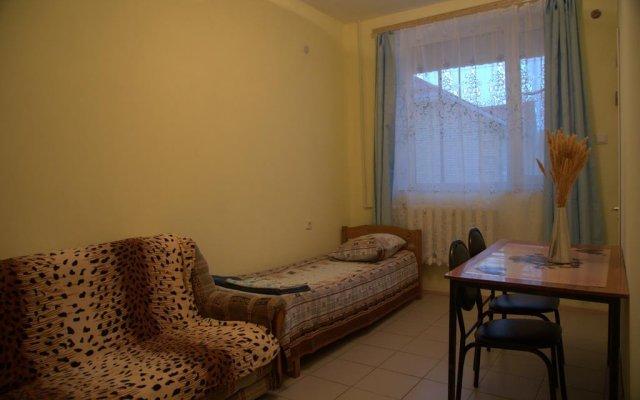Гостиница Guest House on Mayakovskogo в Анапе отзывы, цены и фото номеров - забронировать гостиницу Guest House on Mayakovskogo онлайн Анапа комната для гостей