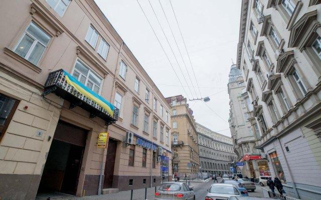 Гостиница Aparthotel Cozy in Center вид на фасад