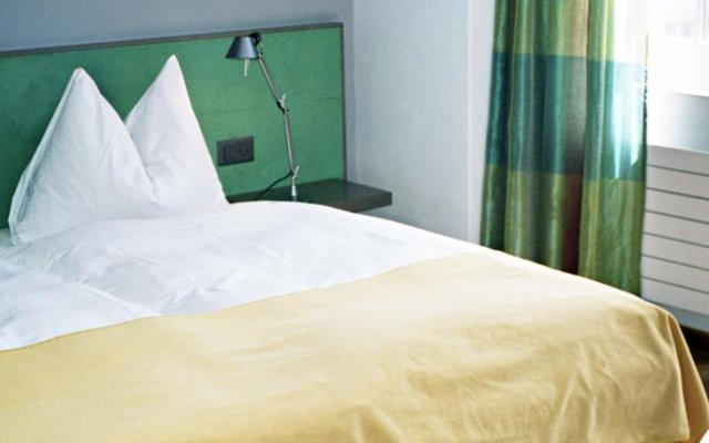 Franziskaner Hotel комната для гостей