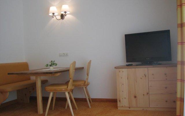 Отель Pension Restaurant Rosmarie Горнолыжный курорт Ортлер комната для гостей