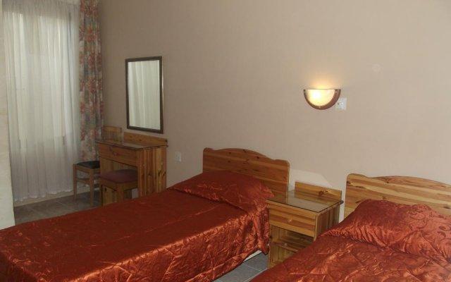 Апартаменты Sunset Seaview Apartments комната для гостей