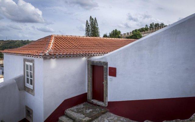 Отель Lugares Com Historia вид на фасад