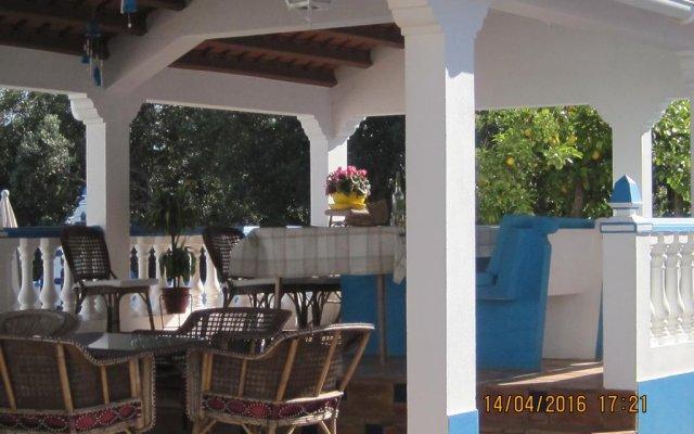 Отель Quinta da Fonte em Moncarapacho вид на фасад