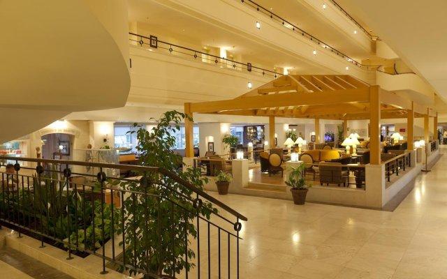 Отель Queen's Park Turkiz Kemer - All Inclusive вид на фасад