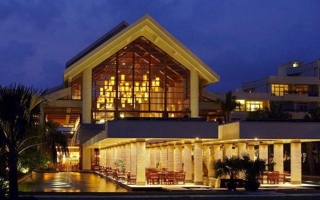 Отель Sheraton Sanya Resort вид на фасад