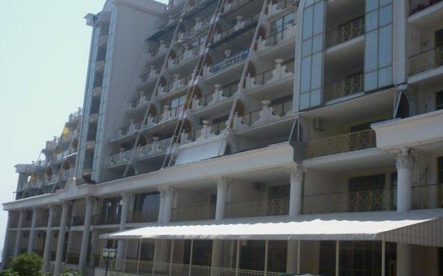 Гостиница Sejour Holiday Home вид на фасад