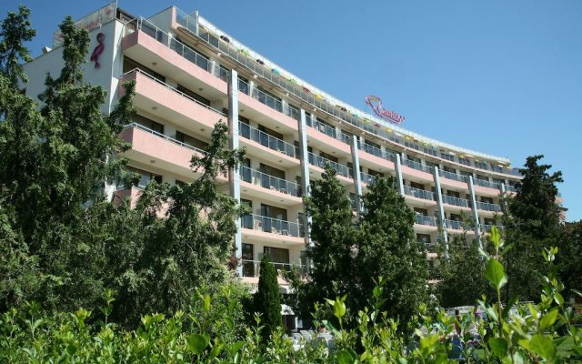Отель Фламинго Солнечный берег вид на фасад