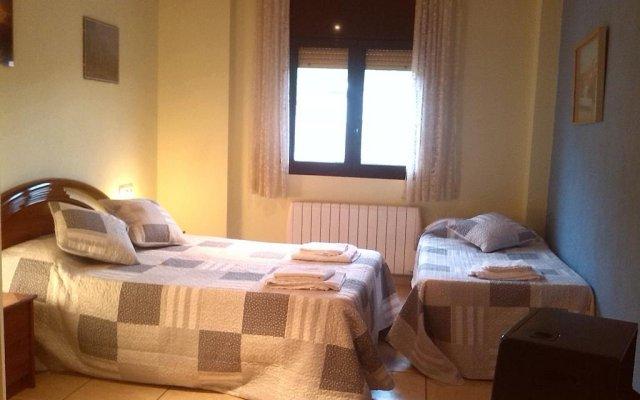 Отель Apartamento Cal Po Торрельес-де-Фош комната для гостей