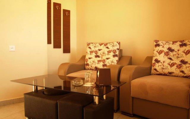 Bd Hotel Арзни комната для гостей
