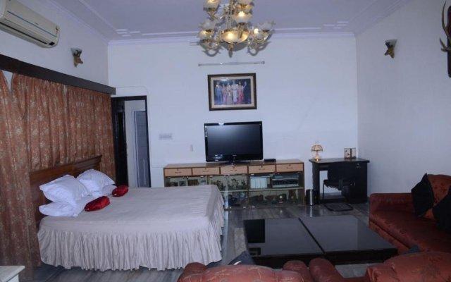Отель Nayan Homestay комната для гостей