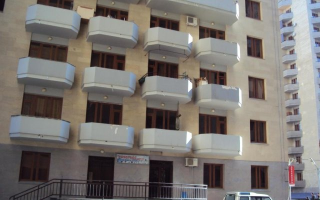 Отель Yerevan Apartel вид на фасад