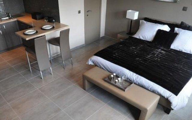 Отель Pegasus Studioflats Brussels City Aparthotel комната для гостей