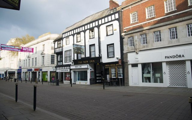 the new inn hotel gloucester united kingdom zenhotels rh zenhotels com