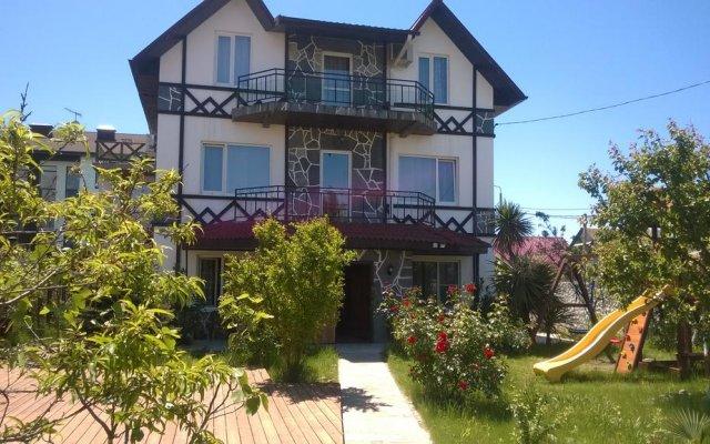 Гостиница Alpic Guest House вид на фасад