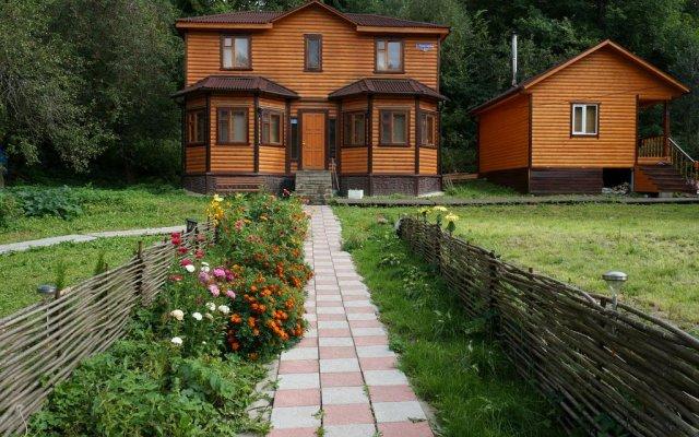 Гостевой дом Серпейка вид на фасад