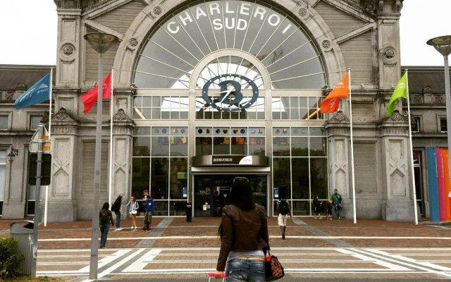 Van Der Valk Hotel Charleroi Airport вид на фасад