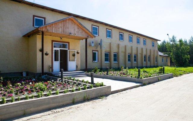 Гостиница Лесная вид на фасад