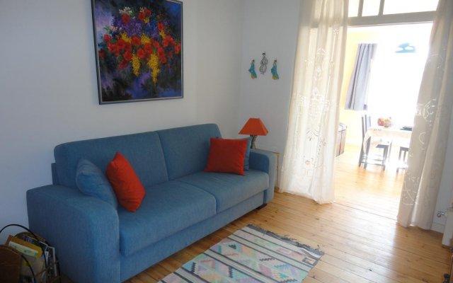 Отель Guest House Dasos Kynthos Бельгия, Брюссель - отзывы, цены и фото номеров - забронировать отель Guest House Dasos Kynthos онлайн комната для гостей