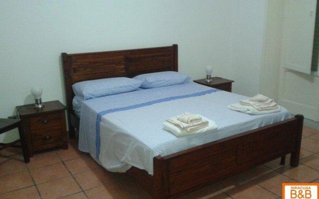Отель B&b Siracusa Amici Miei Италия, Сиракуза - отзывы, цены и фото номеров - забронировать отель B&b Siracusa Amici Miei онлайн комната для гостей