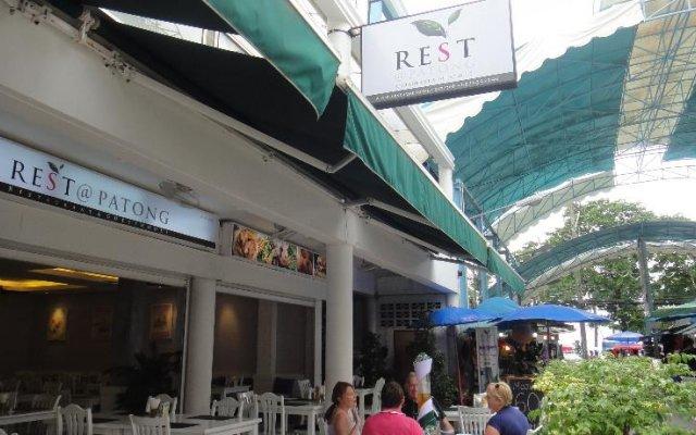 Отель Rest@Patong Таиланд, Патонг - отзывы, цены и фото номеров - забронировать отель Rest@Patong онлайн вид на фасад
