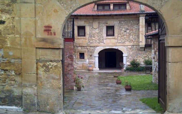 Отель Posada Somavilla вид на фасад