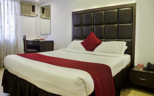 Отель OYO Rooms Gaffar Market 1 комната для гостей