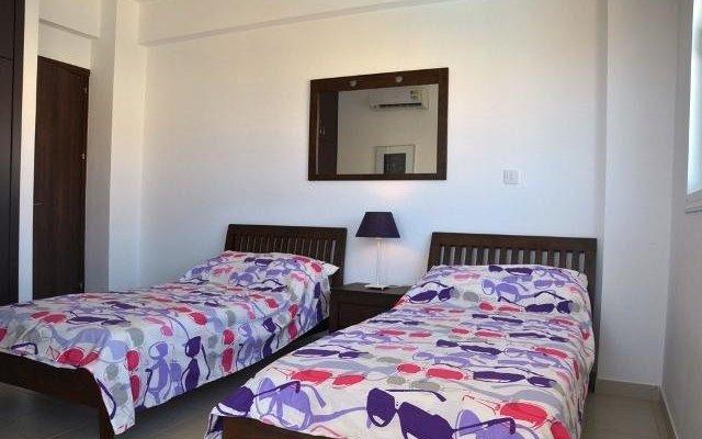 Отель Poppy Suite комната для гостей