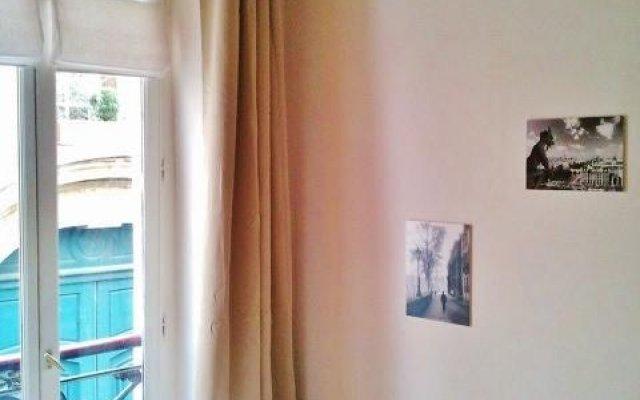 Апартаменты Apartment at Notre-Dame Париж комната для гостей