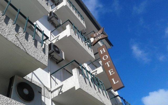 Hotel Tic Tac вид на фасад