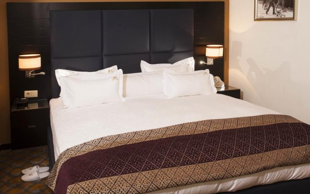 Отель Chik-Chik Lubango комната для гостей