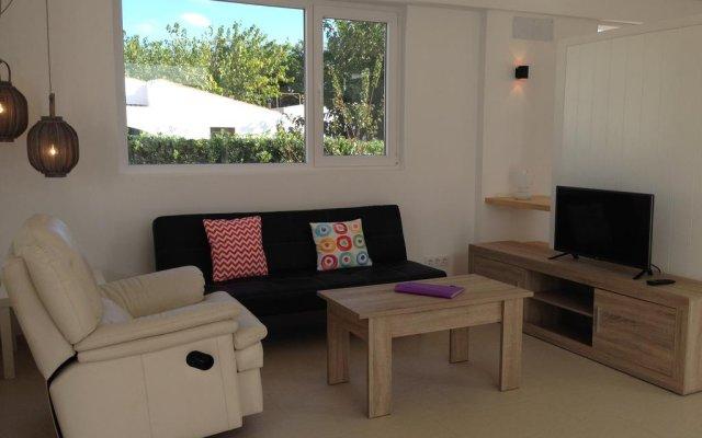 Отель Nure Villas Mar y Mar Испания, Кала-эн-Бланес - отзывы, цены и фото номеров - забронировать отель Nure Villas Mar y Mar онлайн комната для гостей