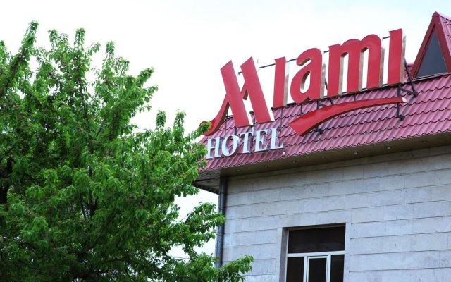 Отель Miami Suite вид на фасад