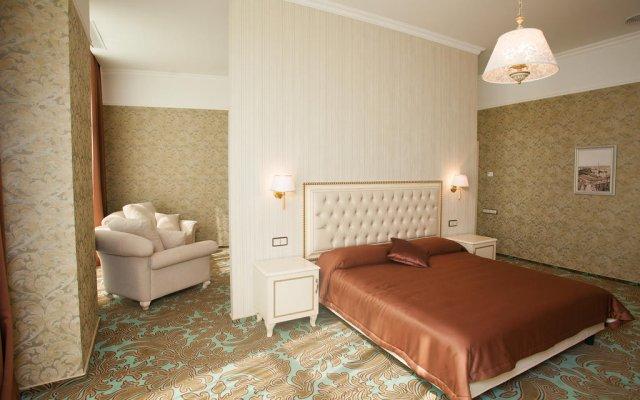 """Гостиница Отельный комплекс """"Місто"""" комната для гостей"""
