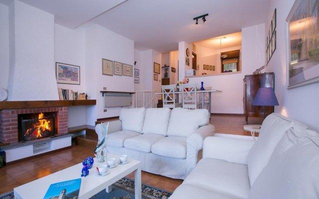 Отель Imelde Sul Lago Меззегра комната для гостей