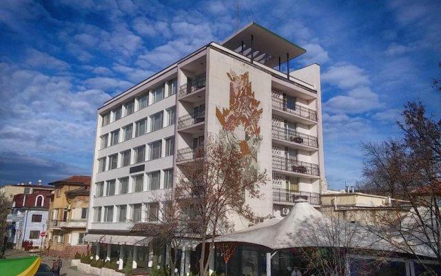 Bononia Hotel вид на фасад