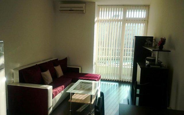 Отель VIP Apartment in Sunny Beach Болгария, Солнечный берег - отзывы, цены и фото номеров - забронировать отель VIP Apartment in Sunny Beach онлайн комната для гостей
