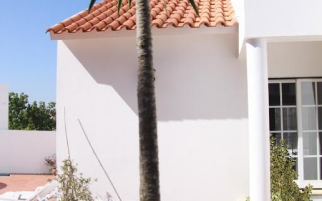 Отель Casa Figueira вид на фасад