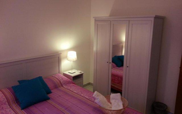 Отель Smile Bed & Breakfast Конверсано комната для гостей